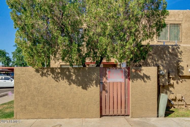 6724 W DEVONSHIRE Avenue, Phoenix, AZ 85033
