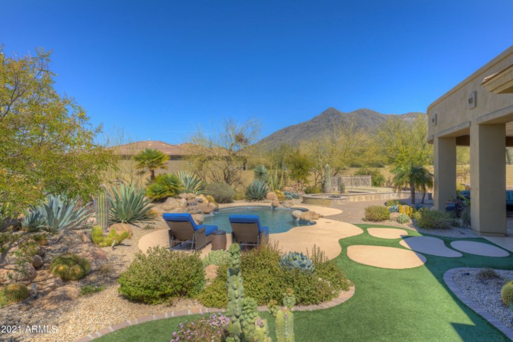 5730 E Old Paint Trail, Carefree, AZ 85377