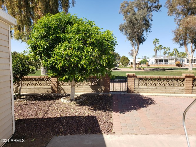 2347 S Pomo Avenue, Apache Junction, AZ 85119