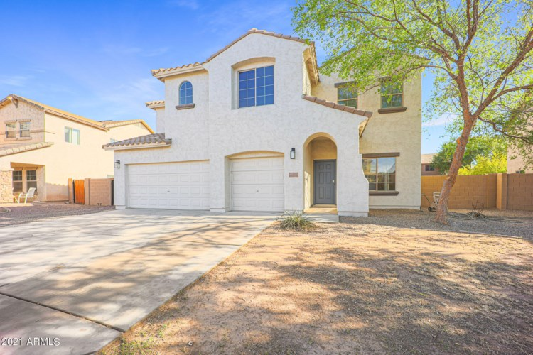 705 E KAPASI Lane, San Tan Valley, AZ 85140