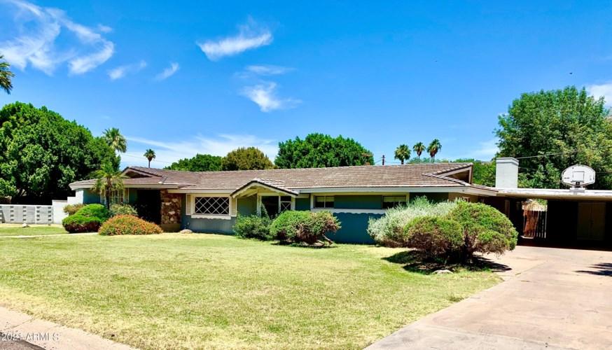 7141 N 12TH Place, Phoenix, AZ 85020