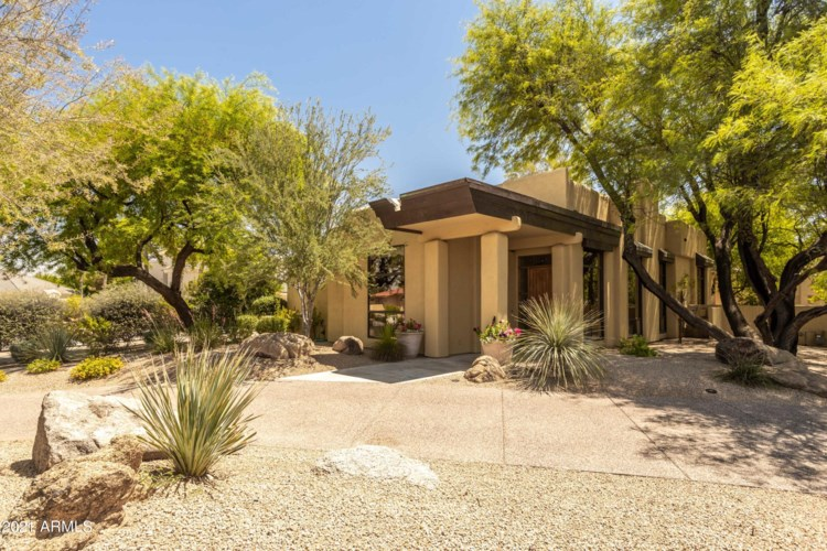 8487 N Canta Bello --, Paradise Valley, AZ 85253
