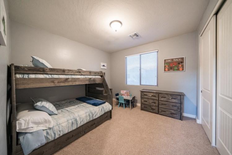 2681 E HAMPTON Lane, Gilbert, AZ 85295