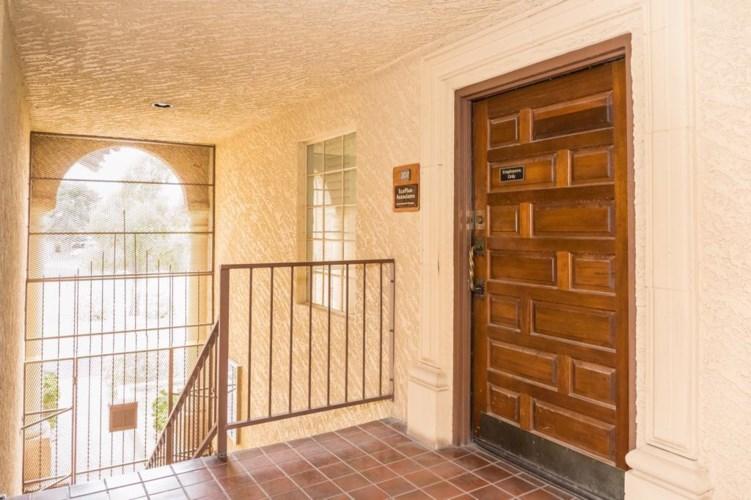 701 W SOUTHERN Avenue Unit 207/208, Mesa, AZ 85210