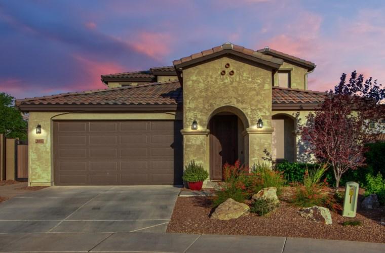 10013 W Angels Lane, Peoria, AZ 85383