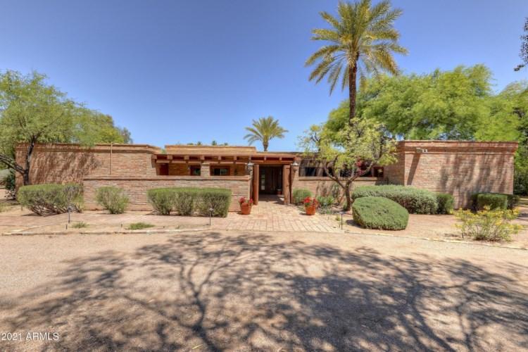 6342 E MAVERICK Road, Paradise Valley, AZ 85253