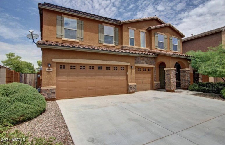 16934 W HILTON Avenue, Goodyear, AZ 85338