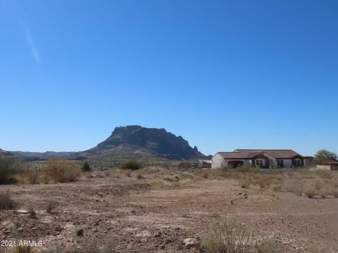 1717 S THOMPSON Drive, Superior, AZ 85173