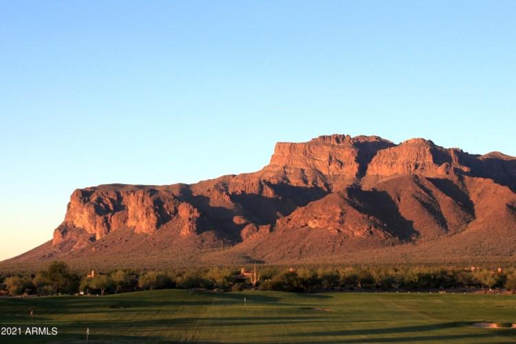 7911 E USERY PASS Trail, Gold Canyon, AZ 85118