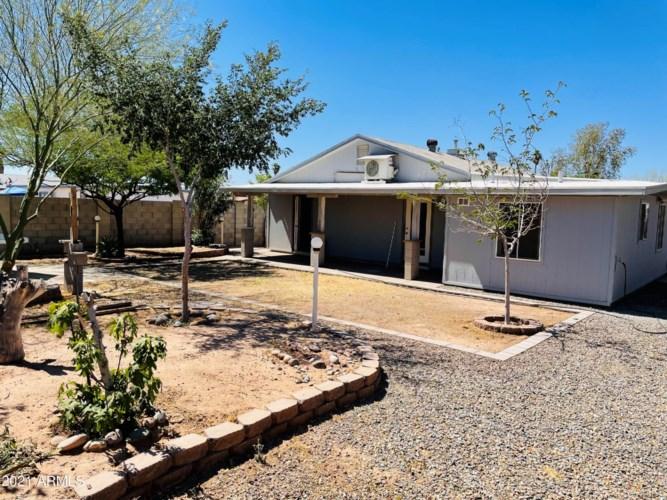 137 W BARRUS Place, Casa Grande, AZ 85122