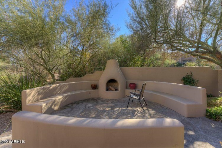 7526 E CLUB VILLA Circle, Scottsdale, AZ 85266