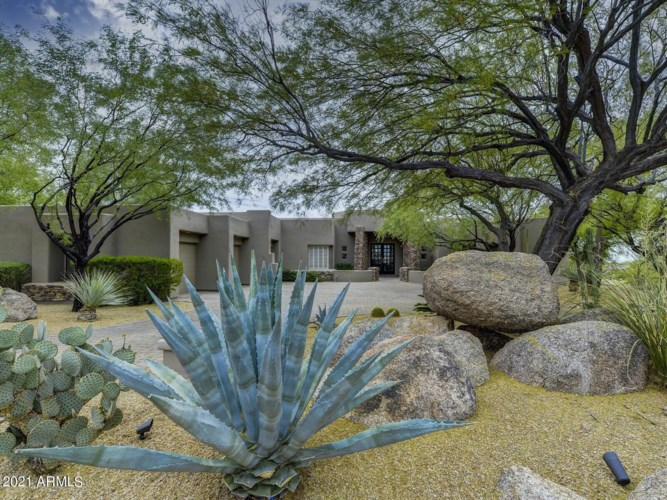9857 E BALANCING ROCK Road, Scottsdale, AZ 85262