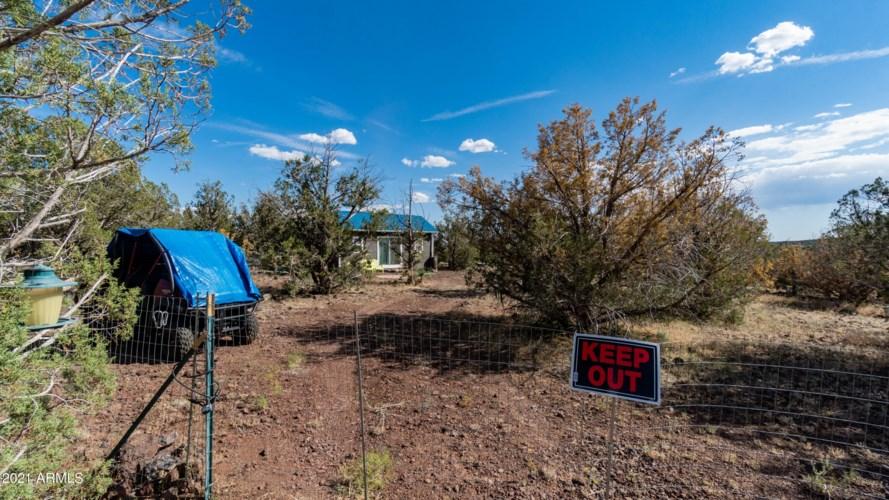 4244 N CENTERLINE Boulevard, Ash Fork, AZ 86320
