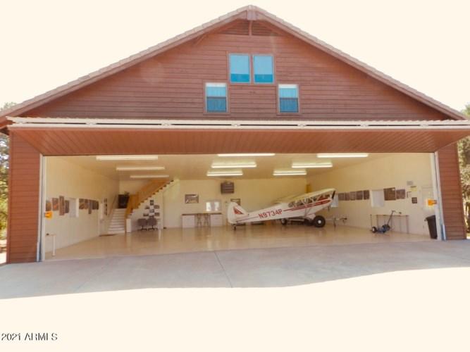 2344 Hellcat Circle, Overgaard, AZ 85933