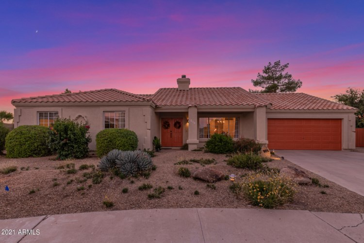 902 E RENEE Drive, Phoenix, AZ 85024