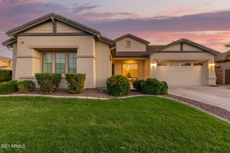 1555 E GRAND CANYON Drive, Chandler, AZ 85249