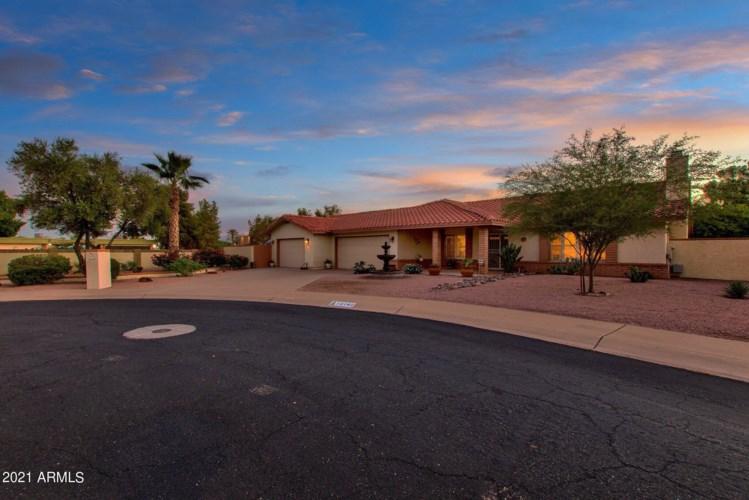 12142 S TOMI Drive, Phoenix, AZ 85044