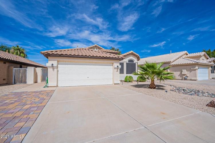 476 E REDONDO Drive, Gilbert, AZ 85296