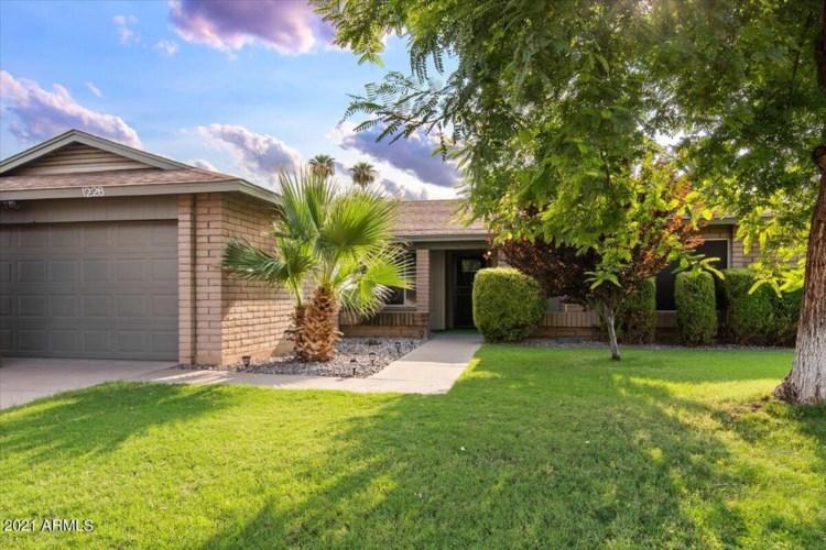 1226 W CHEYENNE Drive, Chandler, AZ 85224