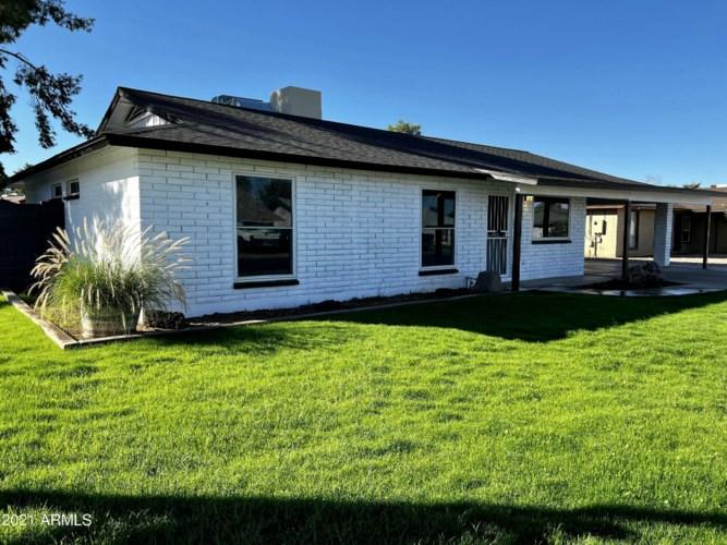 1061 E HAMPTON Avenue, Mesa, AZ 85204