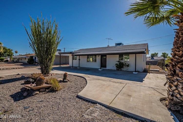 11129 W Oregon Avenue, Youngtown, AZ 85363