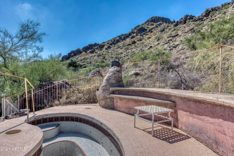 7720 N FOOTHILL Drive S, Paradise Valley, AZ 85253
