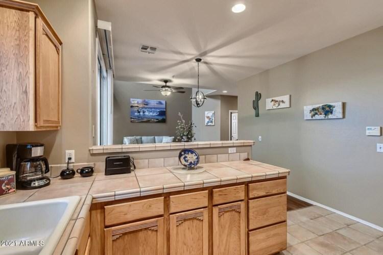 9750 N MONTEREY Drive Unit 64, Fountain Hills, AZ 85268