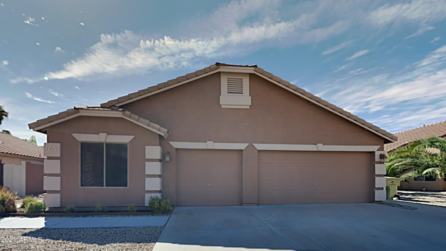 7451 W CRYSTAL Road, Glendale, AZ 85308