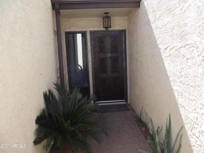 13 E Loma Lane, Phoenix, AZ 85020