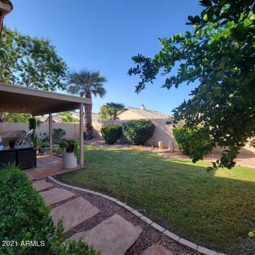 2082 E PALOMINO Drive, Gilbert, AZ 85296
