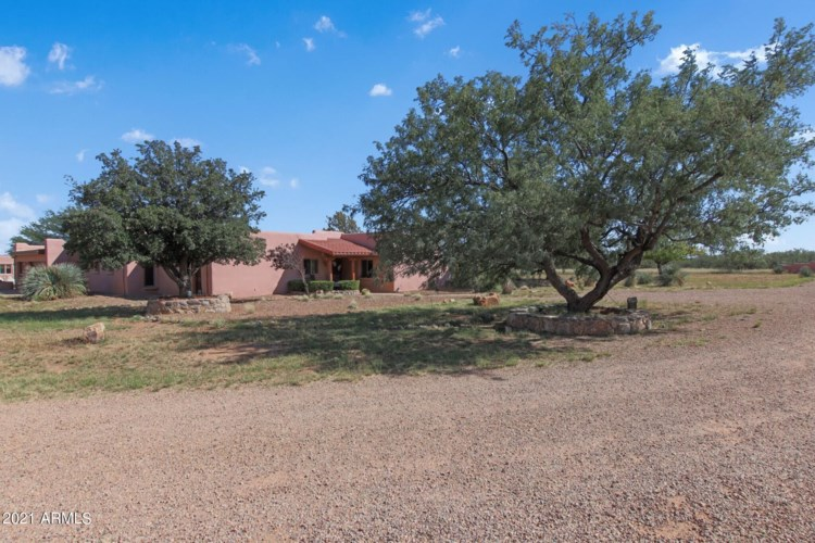 8535 S ALMOSTA RANCH Road, Hereford, AZ 85615