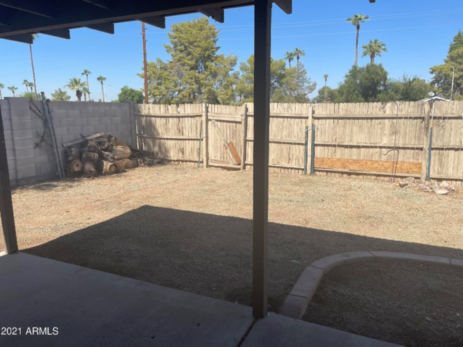 2120 W HERMOSA Drive, Tempe, AZ 85282