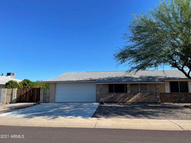 10529 W BELLAROSE Drive, Sun City, AZ 85351