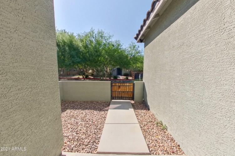 1744 W MINTON Street, Phoenix, AZ 85041