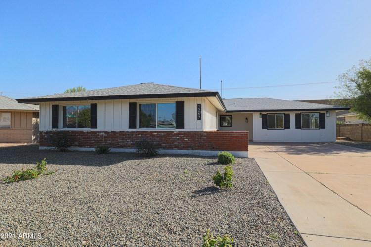 1267 E RIVIERA Drive, Tempe, AZ 85282