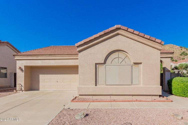 8754 E FOUNTAIN Street, Mesa, AZ 85207