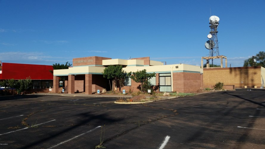 102 3rd Street, Winslow, AZ 86047