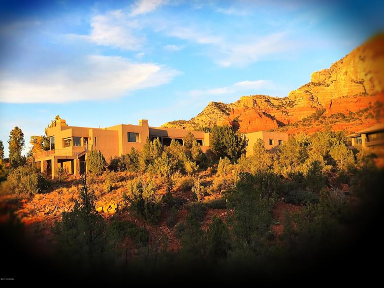 145 Desert Holly Drive, Sedona, AZ 86336