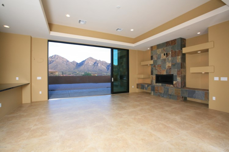 11961 N Mesquite Sunset Place, Oro Valley, AZ 85742