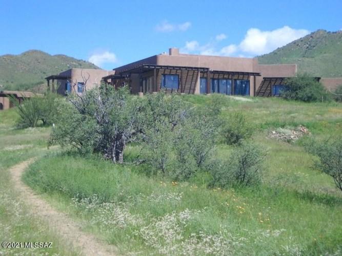 61 Cougar Pass, Tubac, AZ 85646