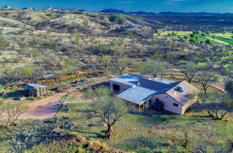 33105 S Moyza Ranch Road, Arivaca, AZ 85601