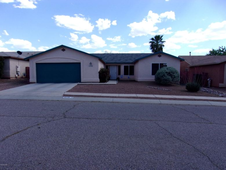10236 E Rainbow Meadow Drive, Tucson, AZ 85747