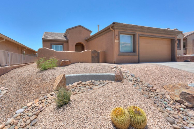 1743 W Placita Canoa Verde, Green Valley, AZ 85622