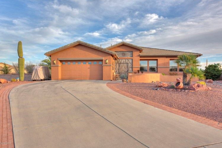 4567 S Moon River Place, Green Valley, AZ 85622