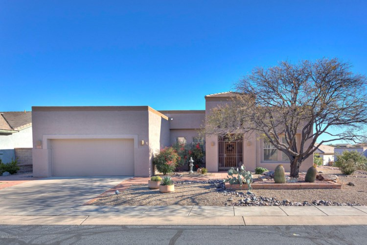 4731 S Piccadilly Drive, Green Valley, AZ 85622