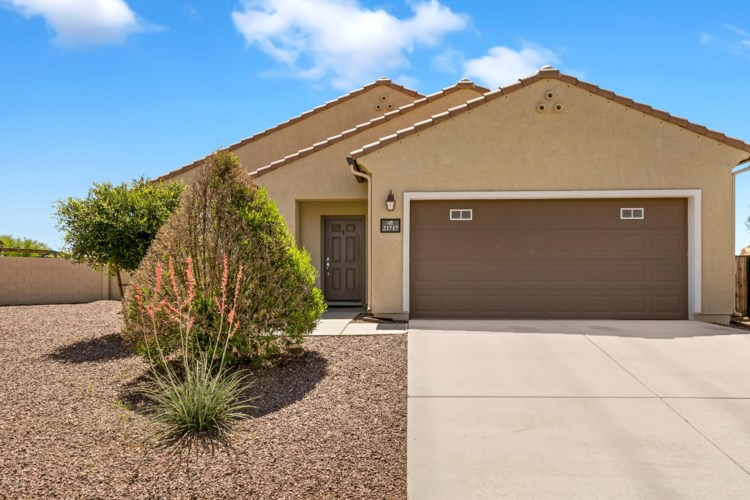 21717 E Founders Road, Red Rock, AZ 85145