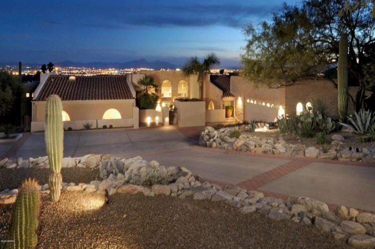 6912 N Gleneagles Drive, Tucson, AZ 85718