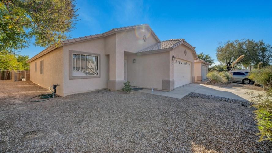 5036 N River Crossing Lane, Tucson, AZ 85704