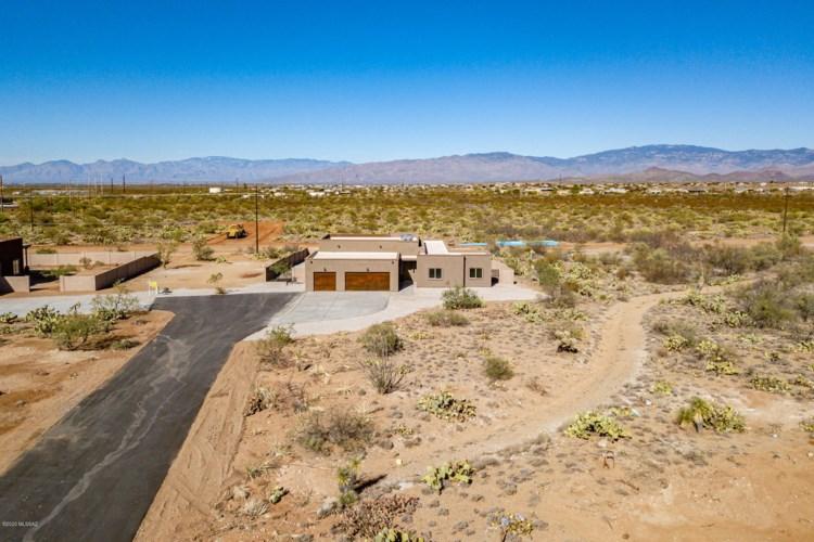 3255 E Shade Rock Place, Vail, AZ 85641