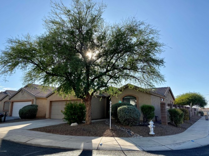 8554 S Masthead Drive, Tucson, AZ 85756